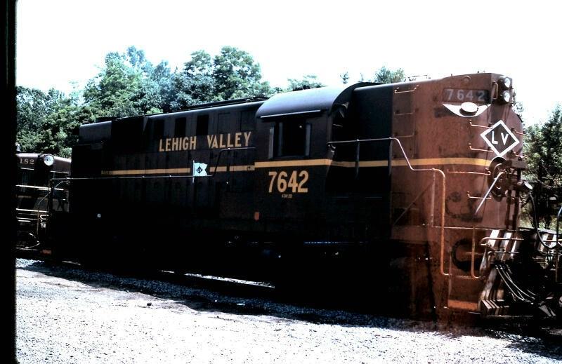LV 7642